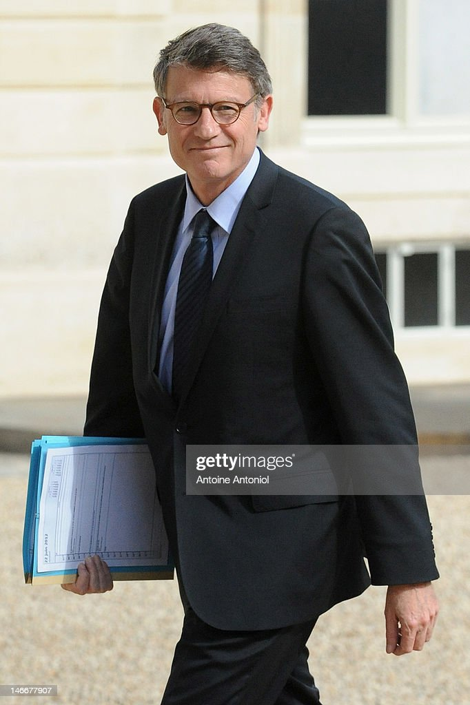 Education Minister Vincent Peillon leaves the weekly cabinet meeting at Elysee Palace on June 22, 2012 in Paris, France. In keeping with tradition French President Francois Hollande's government formally resigned on Monday following the country's legislative elections on Sunday. Prime Minister Jean-Marc Ayrault was re-appointed by the President and charged with the task of selecting his cabinet and forming a new government.