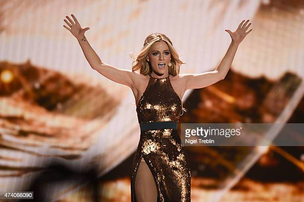 Edurne of Spain performs on stage during rehearsals ahead of the Eurovision Song Contest 2015 on May 20 2015 in Vienna Austria The final of the...