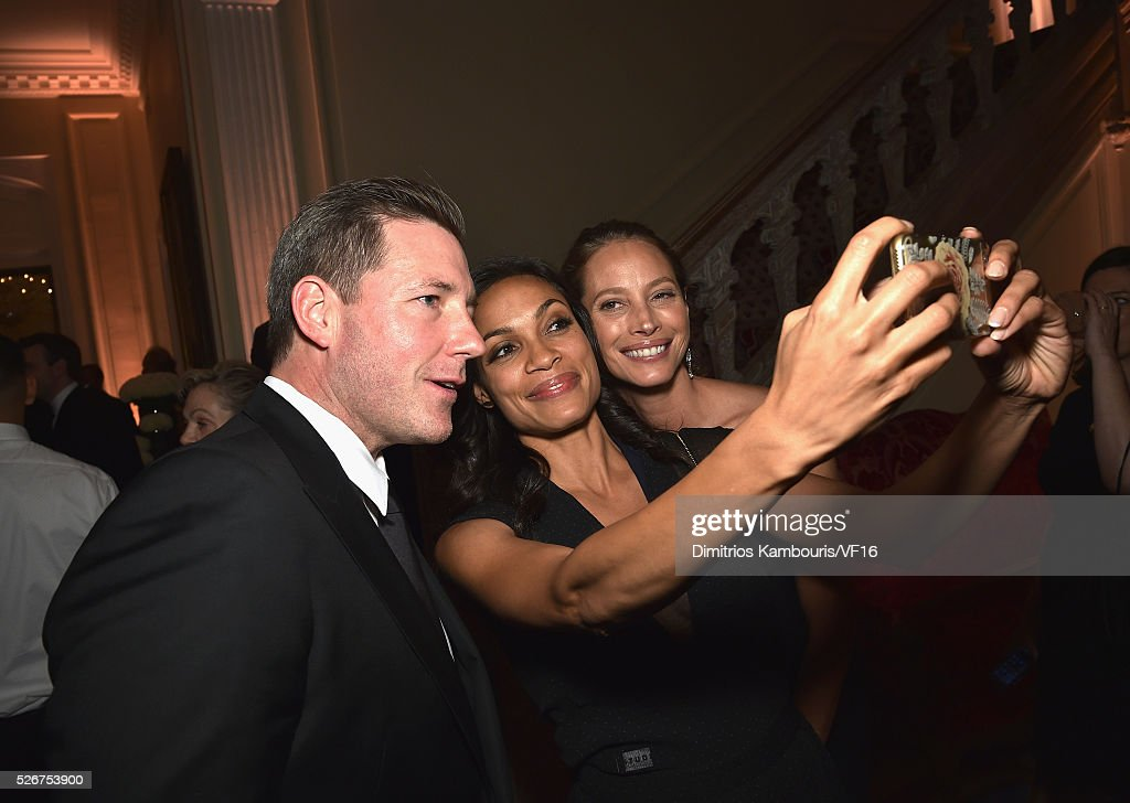 Edward Burns, Christy Turlington and Rosario Dawson attend the Bloomberg & Vanity Fair cocktail reception following the 2015 WHCA Dinner at the residence of the French Ambassador on April 30, 2016 in Washington, DC.