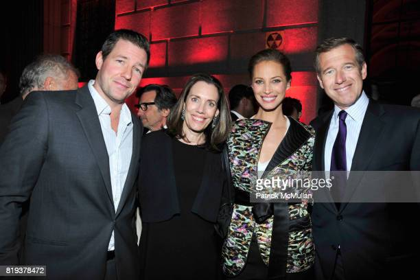 Edward Burns Jane Stoddard Williams Christy Turlington Burns and Brian Williams attend VANITY FAIR TRIBECA FILM FESTIVAL Opening Night Dinner Hosted...