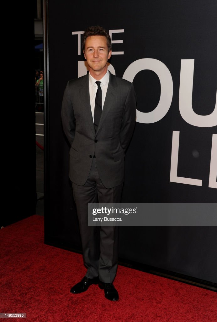 <a gi-track='captionPersonalityLinkClicked' href=/galleries/search?phrase=Edward+Norton&family=editorial&specificpeople=210580 ng-click='$event.stopPropagation()'>Edward Norton</a> attends 'The Bourne Legacy' New York Premiere at Ziegfeld Theater on July 30, 2012 in New York City.