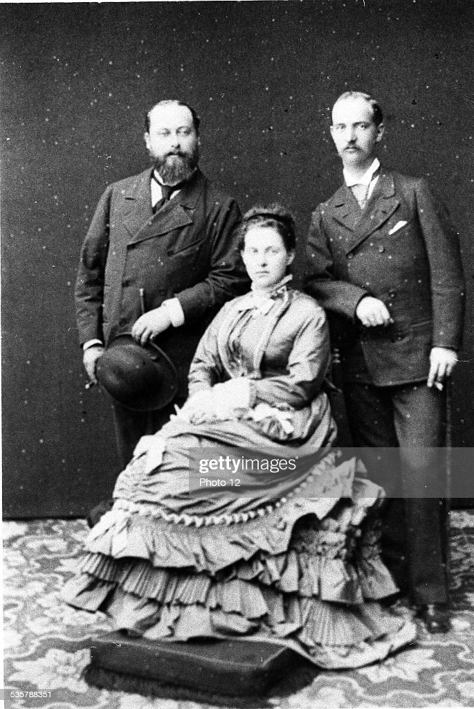 Edward VII, King of Great Britain and Ireland, (London, 1841 - idem, 1910), son of Queen Victoria and Prince Albert of Saxe-Coburg-and-Gotha, Married  Alexandra, née Princess of Denmark at Windsor Castle, March 10, 1863, Queen Olga and King George I of Greece, Olga Constantinovna, née Grand Duchess of Russia, Queen of Greece, George I, King of Grèce from 1863 to 1913, (Copenhagen, 1845 - Thessaloniki, 1913), Second son of the King of Danemark, Christian IX.