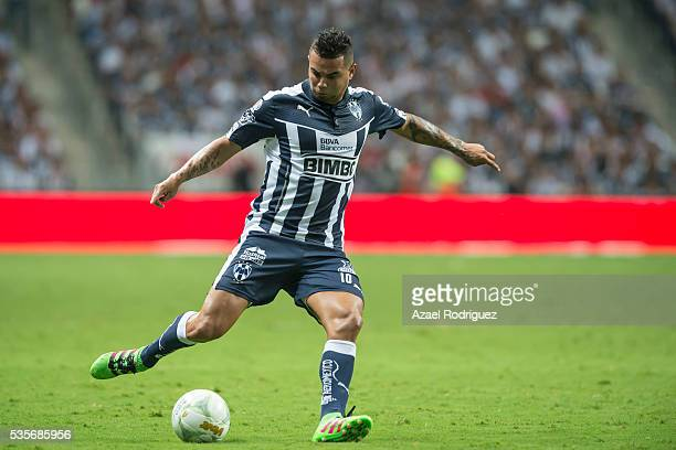 Edwin Cardona of Monterrey drives the ball during the Final second leg match between Monterrey and Pachuca as part of the Clausura 2016 Liga MX at...