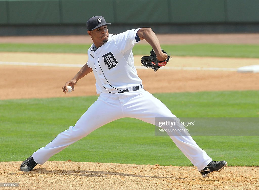Edwin Jackson of the Detroit Tigers pitches against the New York Mets during the spring training game at Joker Marchant Stadium on March 13 2009 in...