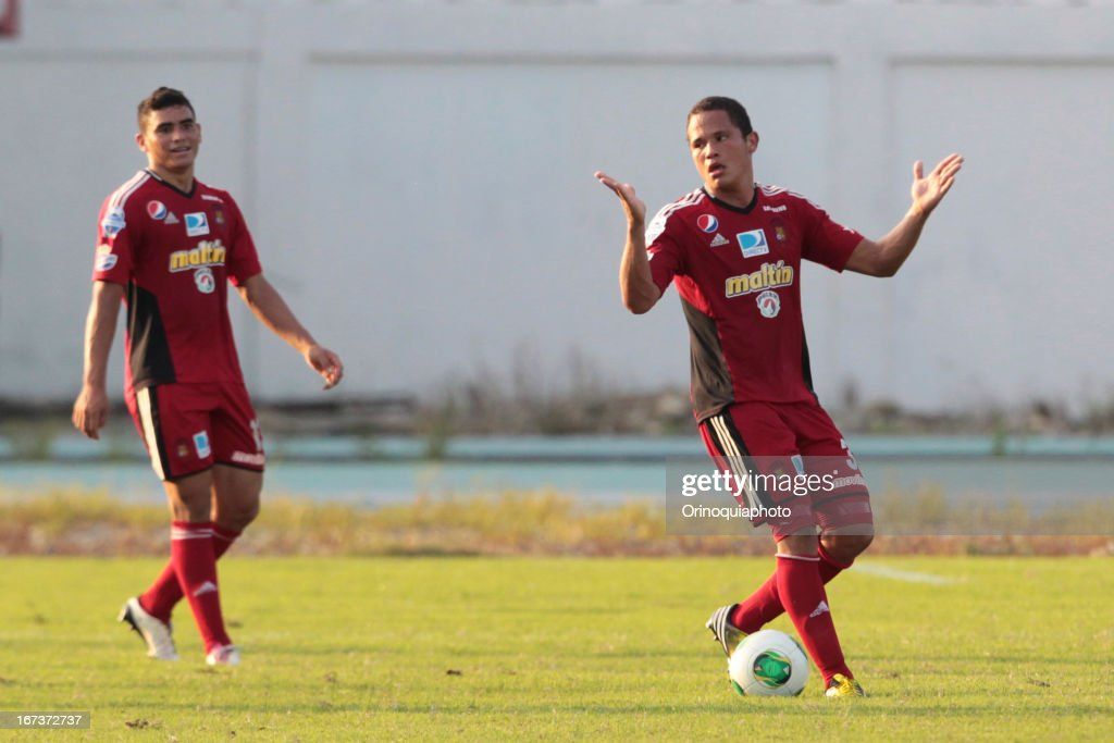 Edwin Peraza of Caracas FC gestures during a match between Llaneros de Guanare and Caracas FC as part of the Clausura Tournament 2013 at the Estadio Olimpico Rafael Calles Pinto on April 24, 2013 in Guanare, Venezuela.