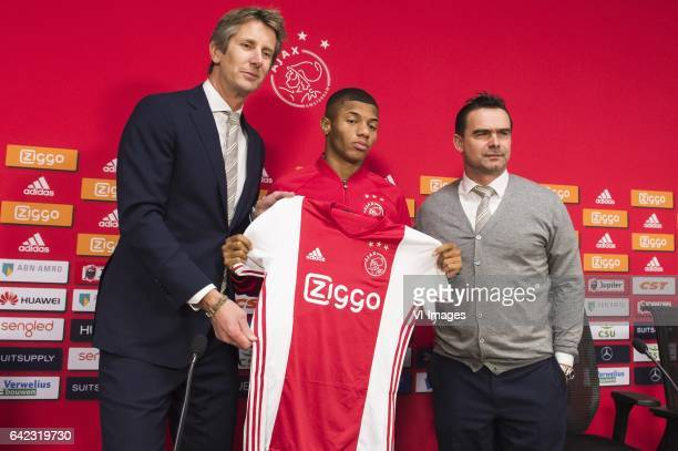 Edwin van der Sar of Ajax David Neres of Ajax Marc Overmars of Ajaxduring the press presentation of David Neres at the Amsterdam Arena on February 17...