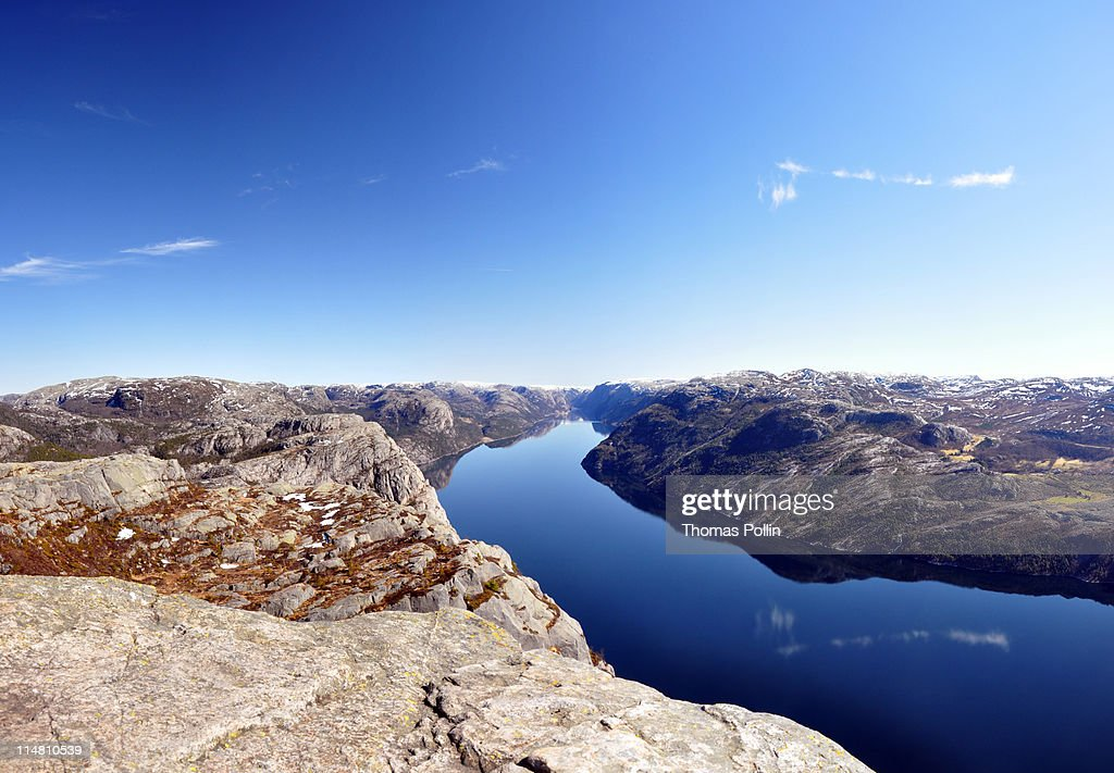 Effet miroir au lysefjord stock photo getty images for Photo effet miroir