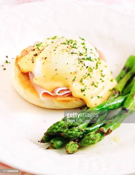 Eggs Benedict Sandwich