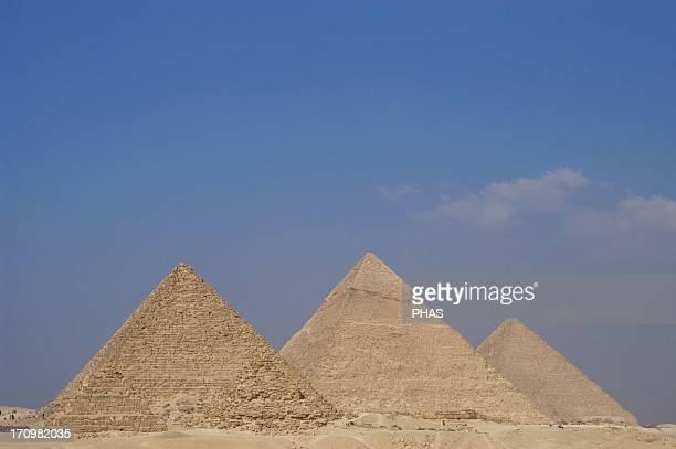 Egypt The Pyramids of Giza Great Pyramid of Giza the Pyramid of Khafre and the Pyramid of Menkaure 26th century BC 4th Dynasty Old Kingdom