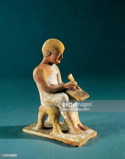 Egypt Thebes Writing man circa 520480 BC terracotta