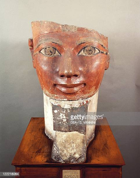 Egyptian civilization New Kingdom Dynasty XVIII Kingdom of Hatshepsut Painted limestone head of Queen Hatshepsut Height 61 cm From Deir elBahari...