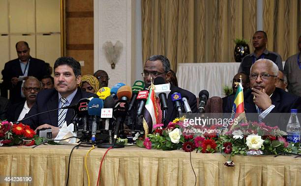 Egyptian Minister of Irrigation Hossam Maghazi Sudan's Water Resources and Electricity Minister Muattaz Musa Abdallah Salims and Ethiopian Water...