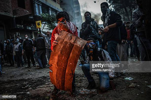 Egyptian prodemocracy protestors and police clash during the demonstration against Muslim Brotherhood's 'terrorist label' in Alf Maskan district of...