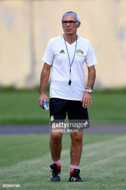 Egypt's Argentinian coach Hector Raul Cuper looks on during a training session in Libreville on February 3 two days ahead of the final of the 2017...