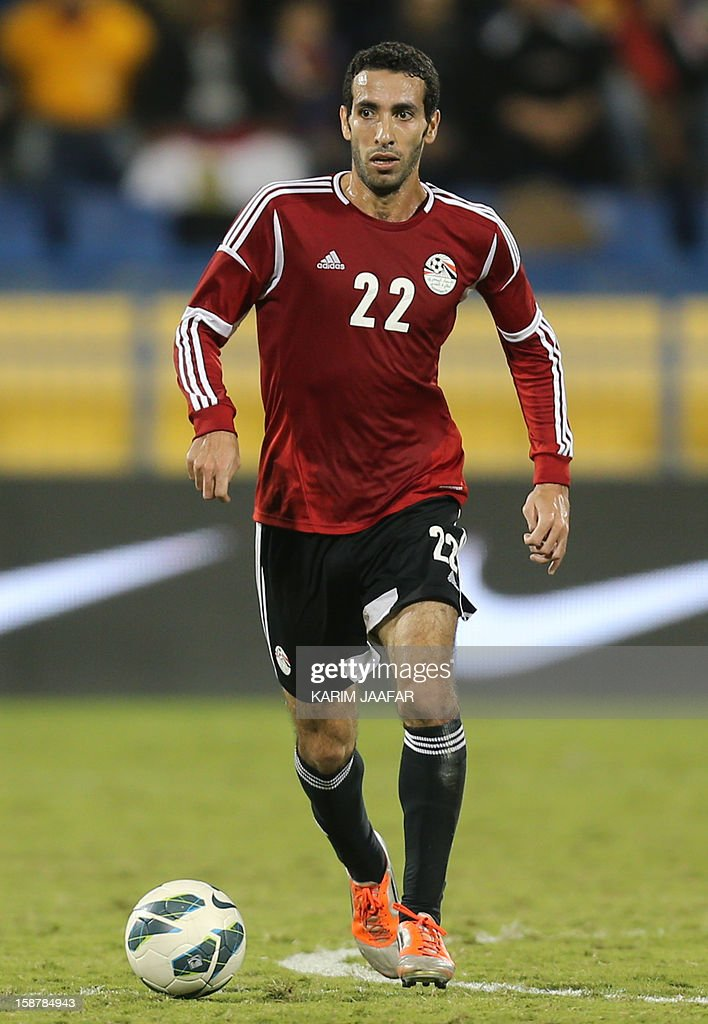 Egypt's Mohammed Abu Trika controls the ball during a friendly football match in the Qatari capital Doha on December 28 2012 Egypt won 20 AFP PHOTO /...