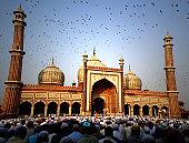 Eid prayers marking end of Ramadan, India
