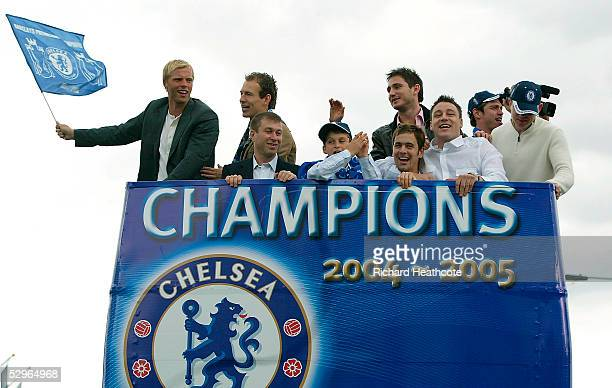 LR Eidur Gudjohnsen Arjen Robben Roman Abramovich Frank Lampard Joe Cole and John Terry celebrate during the FA Barclays Premiership Champions Parade...