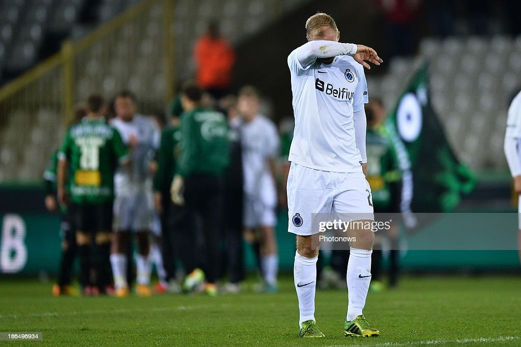<a gi-track='captionPersonalityLinkClicked' href=/galleries/search?phrase=Eidur+Gudjohnsen&family=editorial&specificpeople=171363 ng-click='$event.stopPropagation()'>Eidur Gudjohnsen</a> of Club Brugge reacts on the final whistle after a defeat during the Jupiler League match between Cercle Brugge and Club Brugge on October 31, 2013 in Brugge, Belgium. (Photo by Nico Vereecken/Photonews