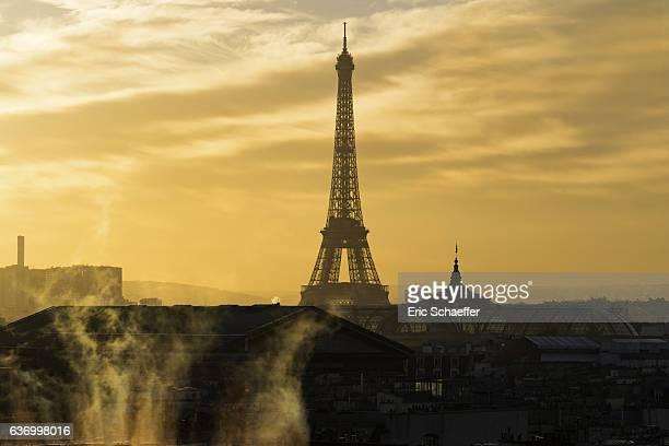 Eiffel tower at golden hour