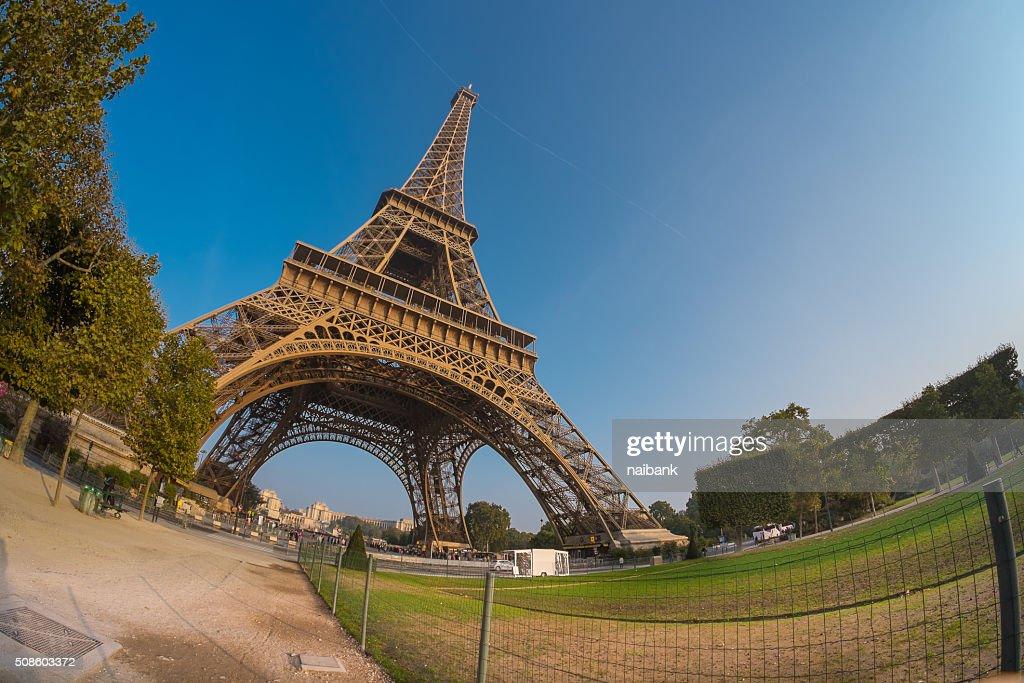 Eiffel tower from Champ de Mars : Foto de stock