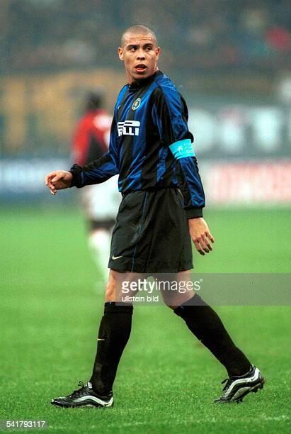 eigentlich Ronaldo Luis Nazario de Lima* Sportler Fussball Brasilienals Spielführer im Spiel