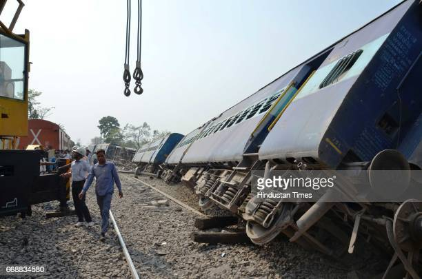 Eight coaches of Lucknowbound MeerutLucknow Rajya Rani Express derailed near Rampur at 815am on April 2017 in Bareilly India 15 passengers were...