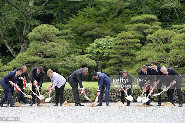 Eikei Suzuki governor of Mie Prefecture European Council President Donald Tusk Italian Prime Minister Matteo Renzi German Chancellor Angela Merkel US...