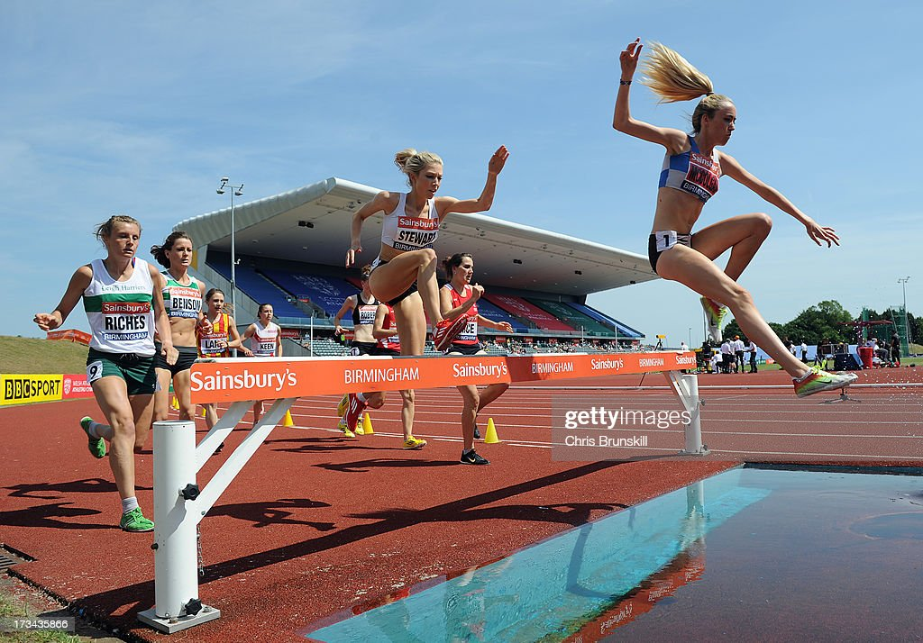 Eilish McColgan (R) competes in the 3000m steeplechase during day three of the Sainsbury's British Championships, British Athletics World Trials and UK & England Championships at Alexander Palace on July 14, 2013 in Birmingham, England.