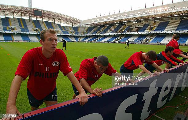 PSV Eindhoven players during their training session at the Riazor Stadium in La Coruna 29 September 2003 a day prior to their Champions League match...