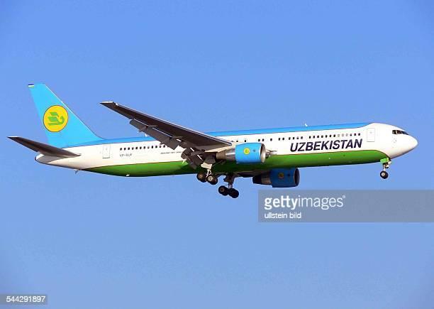 Eine Boeing B767300 ER der uzbekischen Fluggesellschaft Uzbekistan Airlines
