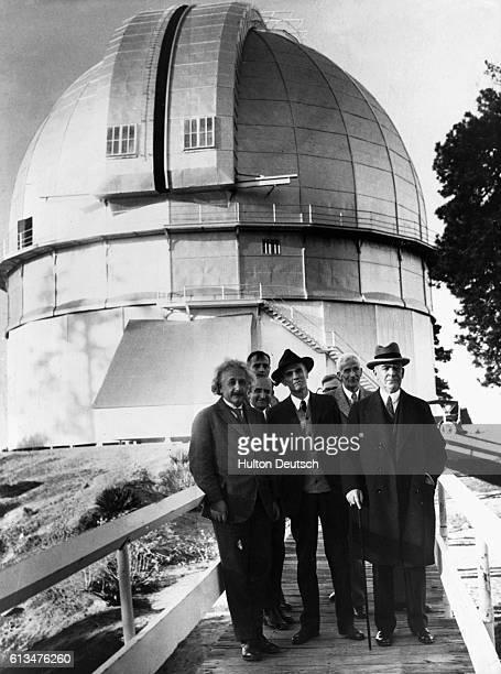 Einstein visits l'Observatoire de Mount Wilson