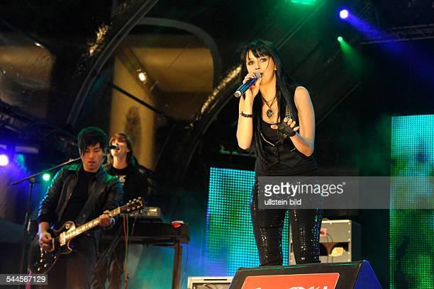 Eisblume Band Pop music Germany Singer Ria Schenk performing at Brandenburg Gate Berlin Germany