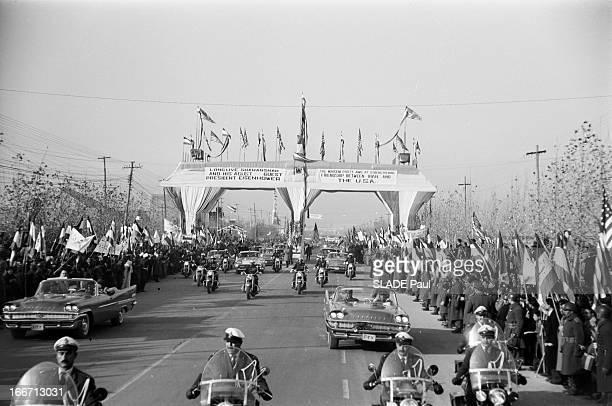 Eisenhower In Tehran Iran En decembre 1959 à l'occasion d'un voyage officiel en Iran du président des ÉtatsUnis Dwight David EISENHOWER à Téhéran Le...