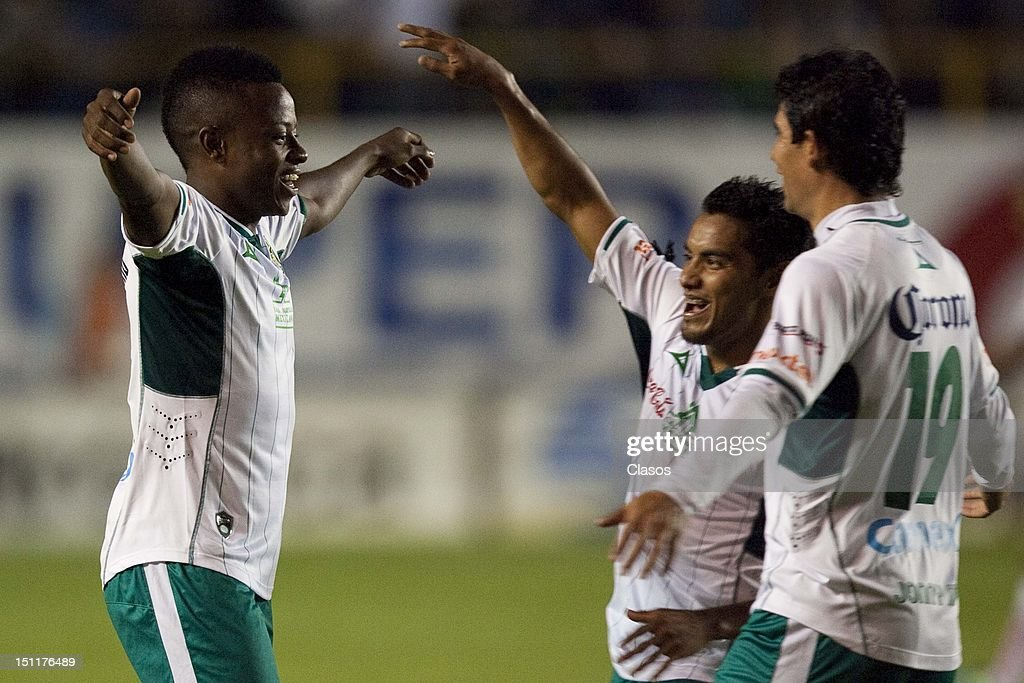 Eisner Loboa of Leon celebrates a goal during a match between San Luis and Leon as part of the Torneo Apertura 2012 at Alfonso Lastras Stadium on 1...