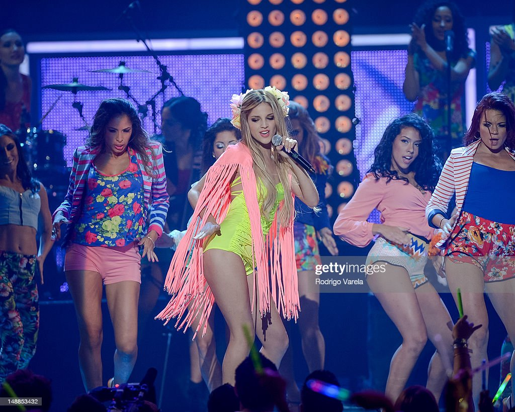 <a gi-track='captionPersonalityLinkClicked' href=/galleries/search?phrase=Eiza+Gonzalez&family=editorial&specificpeople=5540384 ng-click='$event.stopPropagation()'>Eiza Gonzalez</a> onstage during the Univision's Premios Juventud Awards at Bank United Center on July 19, 2012 in Miami, Florida.