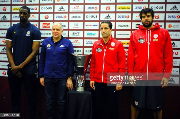 Ekpe Udoh #8 of Fenerbahce Istanbul Zeljko Obradovic Head Coach of Fenerbahce Istanbul Giannis Sfairopoulos Head Caoch of Olympiacos Piraeus and...