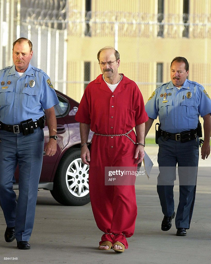 El Dorado (KS) United States  city photos gallery : August, 2005 in El Dorado, Kansas. Dennis Rader of Park City, Kansas ...
