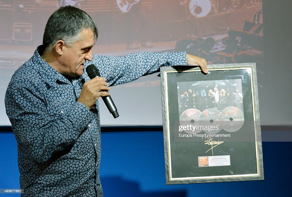 Rosendo Receives Golden Album In Madrid