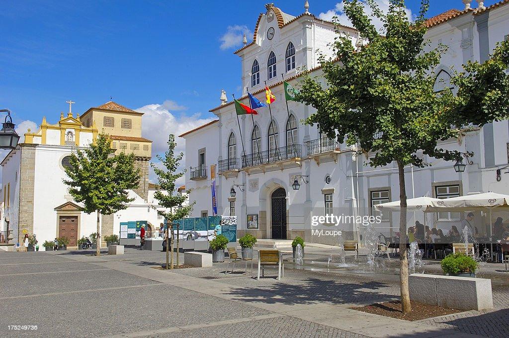 el salvador church in praca de sertorio evora alentejo portugal