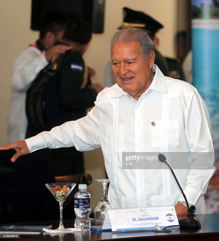 El Salvador's President Salvador Sanchez Ceren attends the XLVII Ordinary Meeting of the chiefs of state members of the Central American Integration System (SICA) in Roatan island, Honduras, on June 30, 2016. Belize, Costa Rica, El Salvador, Guatemala, Honduras, Nicaragua, Panama and Dominican Republic are members of the SICA. / AFP / STR