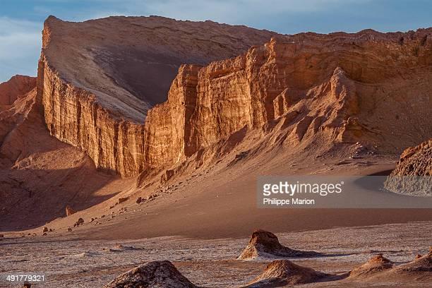 CONTENT] El Valle de la Luna is located 13 kilometres west of San Pedro de Atacama Chile in the Cordillera de la Sal in the Atacama desert of Chile...