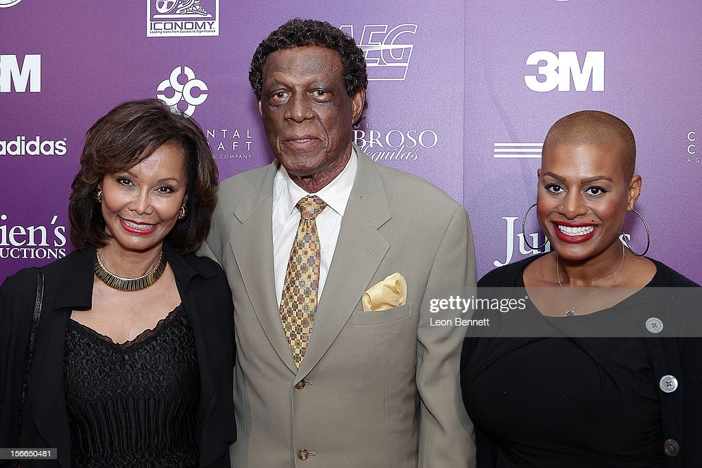Elaine Baylor, <a gi-track='captionPersonalityLinkClicked' href=/galleries/search?phrase=Elgin+Baylor&family=editorial&specificpeople=630226 ng-click='$event.stopPropagation()'>Elgin Baylor</a> and Krys Baylor arrive at the Kareem Abdul-Jabbar Celebrity Roast Hosted By George Lopez at JW Marriott Los Angeles at L.A. LIVE on November 17, 2012 in Los Angeles, California.