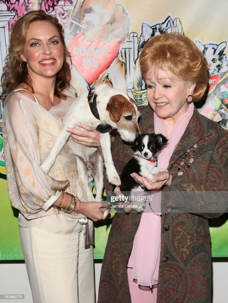 Elaine Hendrix and Debbie Reynolds attend the Follow The Stars/Adopt A Pet 2013 Rose Parade Float Unveiling held at the Beverly Hills City Hall on December 6, 2012 in Beverly Hills, California.
