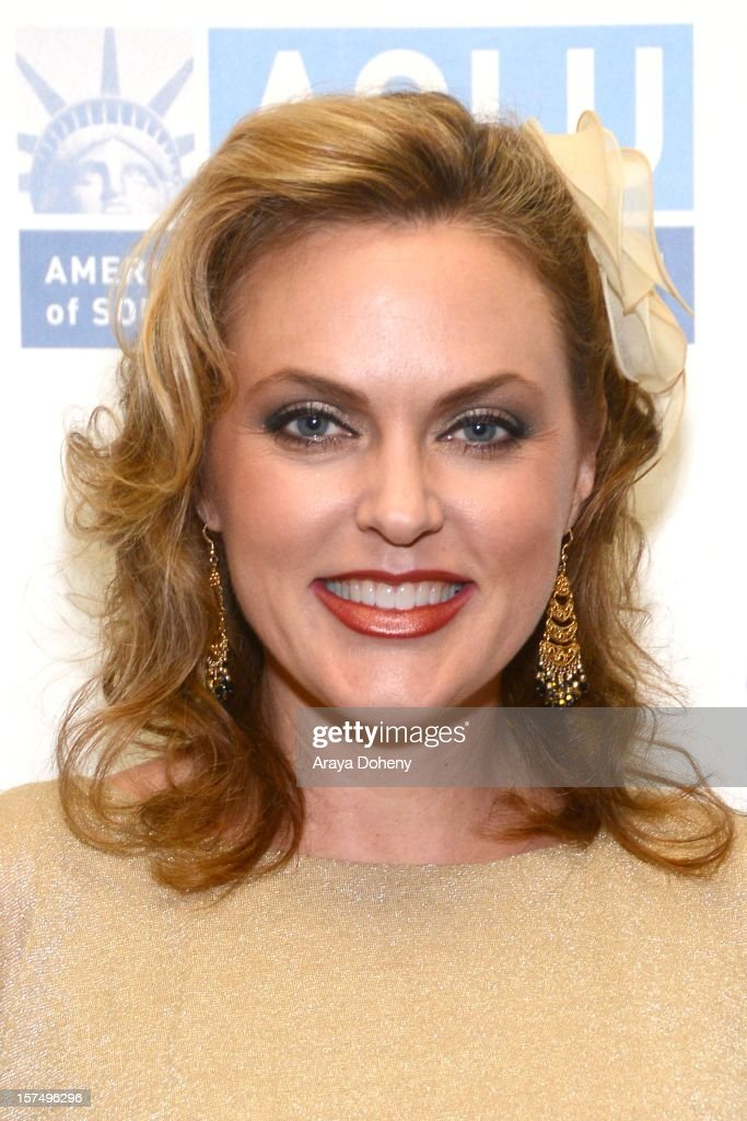 Elaine Hendrix attends the ACLU of Southern California's 2012 Bill of Rights Dinner at the Beverly Wilshire Four Seasons Hotel on December 3, 2012 in Beverly Hills, California.