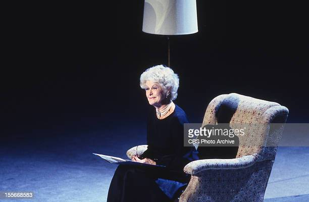 Elaine Stritch performs at the Kennedy Center Honors October 29 1994