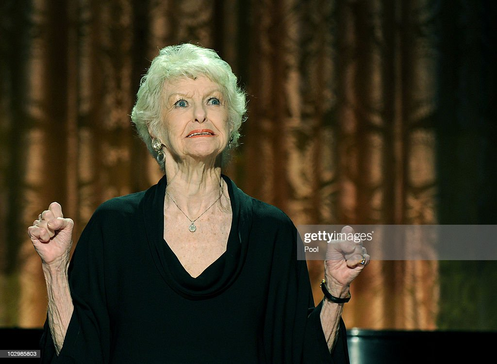 Elaine Stritch performs during a White House music series concert saluting Broadway in the East Room at the White House July 19, 2010 in Washington, DC. Tonight's show, titled A Broadway Celebration: In Performance at the White House, was also scheduled to feature stars Nathan Lane, Idina Menzel, Audra McDonald, Brian d'Arcy James, Chad Kimball, Karen Olivo and others.