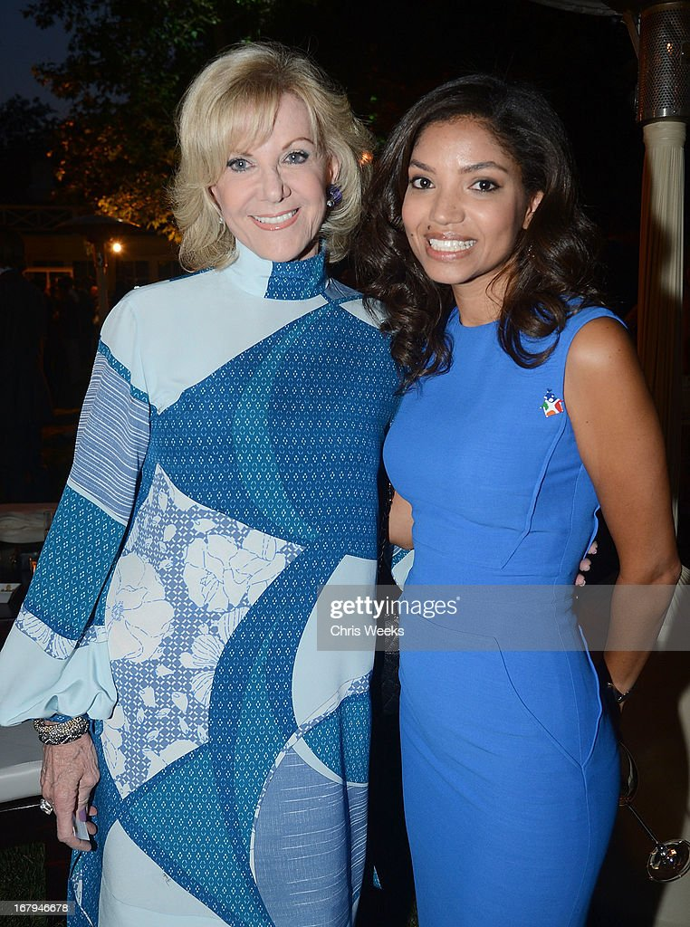 Elaine Wynn and Bianca Levin attend the Communities In Schools 'School Life' Gala at a Private Residence on May 2, 2013 in Beverly Hills, California.