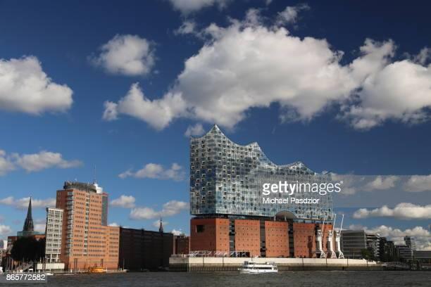 Elbphilharmonie with blue sky