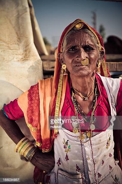 Älterer indische lady bei der pushkar Kamel-Messe