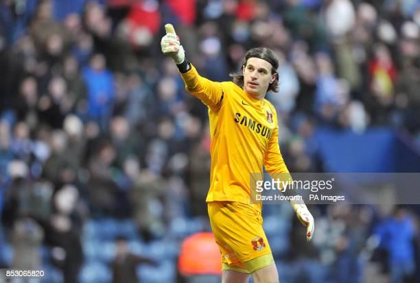 Eldin Jakupovic Leyton Orient goalkeeper